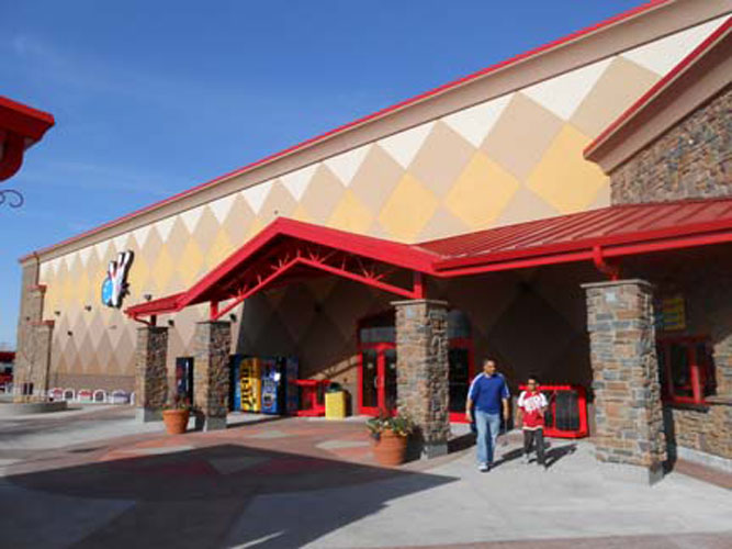 Boondocks Family Fun Center Northglenn Exterior